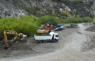 Obra clave. Ongarato quiere garantizar el agua potable para Esquel y destacó la reparación del acueducto.