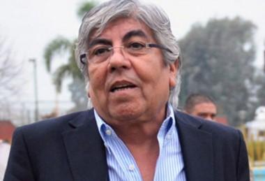 """La nueva dirigencia respaldó al """"Patón"""" Bauza."""