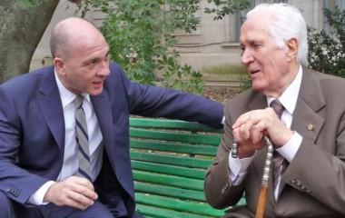 Una película argentina de 2014 donde Federico Luppi interpreta al Maestro Borges.