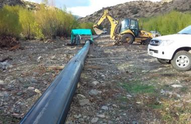 La extensión de caños alcanza los 1.500 metros y sirven para transportar el agua a la planta potabilizadora.