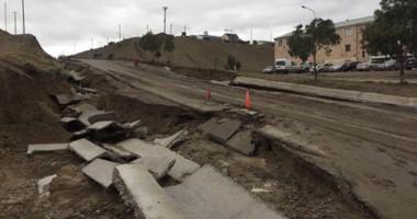 Destrucción. Las calles de la ciudad petrolera, en pésimas condiciones tras el fenómeno climático.