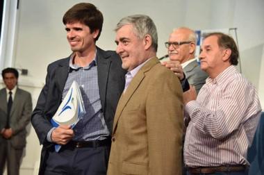 Una ayuda. Los clubes beneficiados son de Comodoro Rivadavia, Rada Tilly, Sarmiento y Río Mayo.
