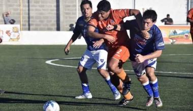 J.J. Moreno jugará  el domingo la primera final  ante Pacífico, el domingo.