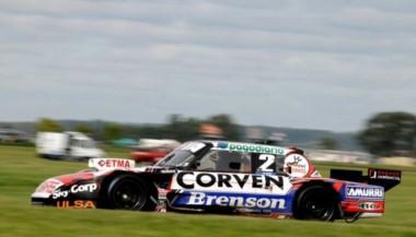 Matías Rossi hizo una carrera perfecta bajo la lluvia y ganó por primera vez con Ford.