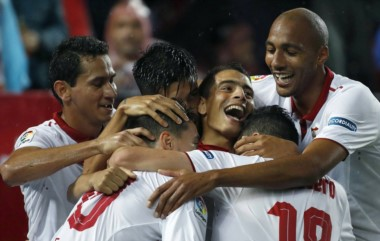 Gran victoria del equipo de Sampaoli ante el conjunto de Berizzo, con un gol del argentino Correa.