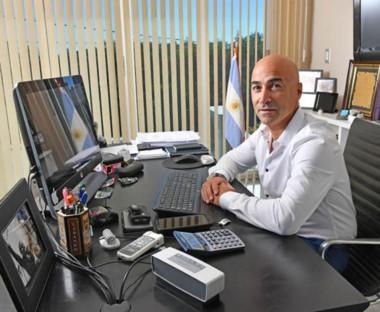 Aidar Bestene bajó su precandidatura a diputado nacional por el PJ.