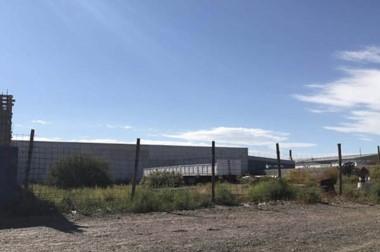 A la venta. Los grandes terrenos habían sido pensados para hacer nuevas edificaciones en la zona.