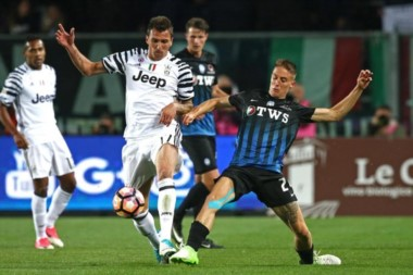 """La """"Juve"""" tenía el partido ganado, pero Atalanta lo empató en el último minuto."""