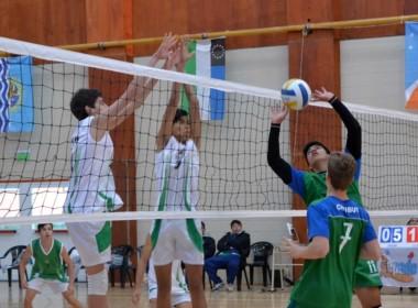 El voley de varones debutó con un gran triunfo ante Neuquén por 3 a 1.