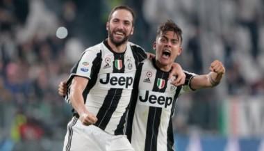 Los atacantes argentinos, Higuaín y Dybala, son figuras de Juventus que va por todo.