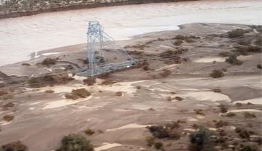 El Mirasol en estado crítico. Tres torres de alta tensión cayeron ayer