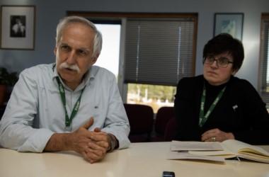 Héctor Otheguy, gerente general de INVAP y Verónica Garea, especialista en seguridad nuclear, destacaron la importancia de las futuras centrales nucleares que se construirán en la Argentina. (Télam).