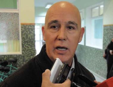 Luis Báez, el comisario general retirado a cargo de l a seguridad local.