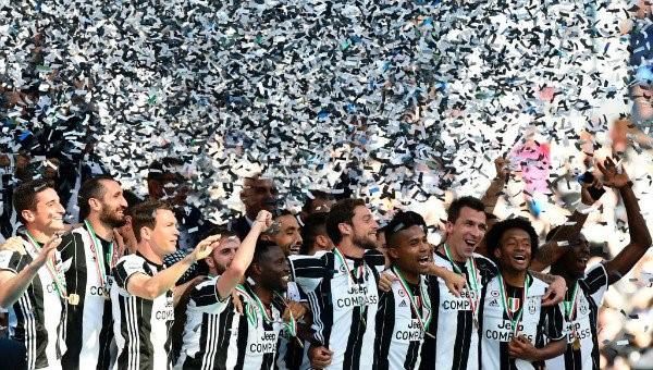 """Primera vez en la historia del Calcio que un club gana seis """"scudettos"""" seguidos."""