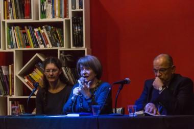 Ana Belén Hernando, Myrtha García Moreno y Jorge Pfleger durante la presentación del libro.