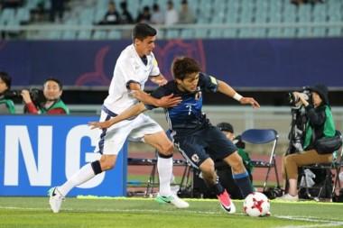 Italia y Japón clasificaban con el empate y desde el minuto 87 hasta el final tocaron la pelota en el fondo