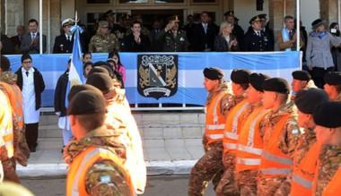 Los soldados que trabajaron en el temporal fueron reconocidos.