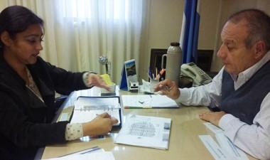 Gestiones. La edil Banuera y el ministro Hernández acordaron temas.