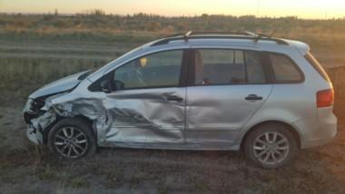El otro auto involucrado en el accidente ocurrido a primera hora del miércoles (foto @c7chubut)