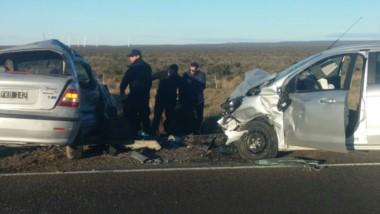 El impacto fue sobre el lateral de uno de los autos (foto @TropicalRawson)