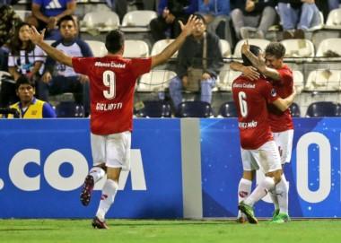 Independiente abrochó el pasaje a la siguiente ronda de la Sudamericana con el triunfo 1-0 ante Alianza Lima.