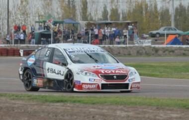 Yannantuoni ganó el Sprint del Súper TC2000 en Mendoza.