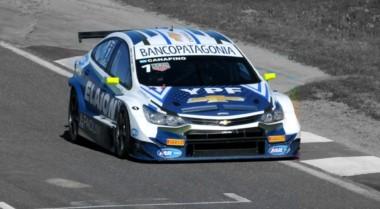 Canapino se llevó de principio a fin la carrera clasificatoria en tierra santiagueña.