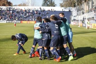 La Lepra derrotó 2 a 1 al Bicho en el estadio Bautista Gargantini y quedó a un paso de salir de la zona de descenso.