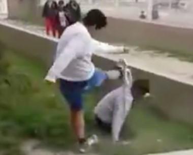 Se viralizó el video. Nueva pelea de alumnos,   ahora en la Escuela Nº 775.