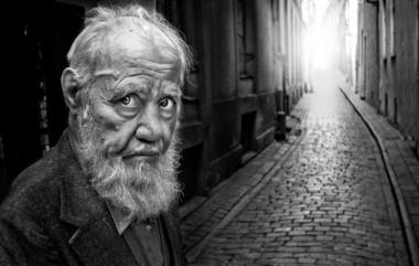 El nuevo estudio, difundido hoy por la OMS y publicado en la revista Lancet Global Health, revela que casi el 16 por ciento de las personas de más de 60 años sufrió algún tipo de abusos. (Archivo).