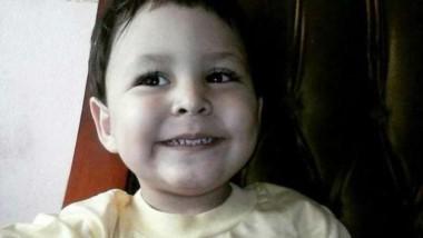 Martín de tres años sigue peleando por su vida.