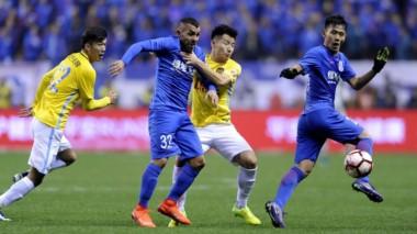 Con asistencia de Tevez y gol de Guarín, Shanghai Shenhua avanzó a 4tos. de la FA Cup de China.