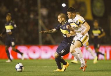Olimpo igualó 2-2 frente a Boca y dejó a Temperley en zona de descenso.