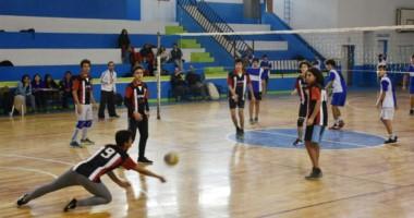 La instancia zonal de los Juegos Evita se jugó en la jornada de ayer en el Gimnasio Municipal Nº 1 de Trelew.