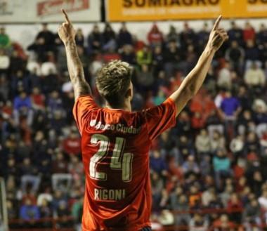 Rigoni es la figura del Rojo. Hoy Independiente va por la clasificación a la Libertadores.