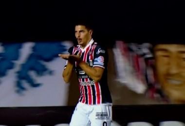 Salinas volvió a marcar y es el máximo anotador del torneo con 24 goles.