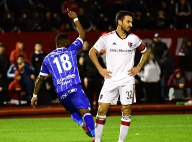 Godoy Cruz llegó poco pero le alcanzó para derrotar a Newell's 2 a 0. El