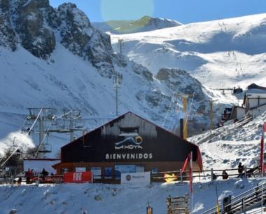 """""""El centro está esquiable hasta la base de la montaña"""", asegura Alonso."""