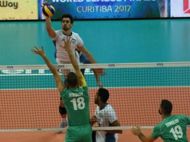 Argentina consiguió un esforzado y valioso triunfo ante Bulgaria. Mañana juega con Francia.