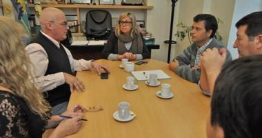 Entre cafés. La intendente Artero fue informada de cómo marcha el proyecto de modernización.