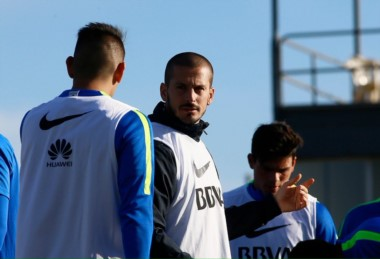 Hace un mes que Boca tiene en su poder una oferta formal de Los Angeles Galaxy por Benedetto que ronda los 9 millones de dólares.