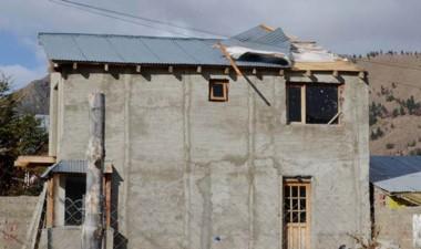 Daños. Algunas construcciones sufrieron voladuras de techos.