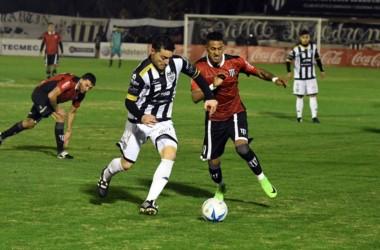 Gimnasia logró la chance de volver a la B Nacional: el 9 de julio en Santiago se juega el de ida y el 16 de julio en Mendoza, la vuelta.