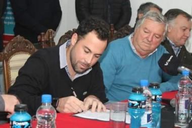 Pumpido firmó oficialmente su contrato y se convirtió en nuevo entrenador de Patronato.
