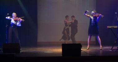 """Dos de los momentos más altos del show de Las Rositas en Trelew fueron en """"Libertango"""" y """"Oblivion""""."""