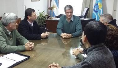 Ongarato recibió a los funcionarios provinciales por las cámaras.