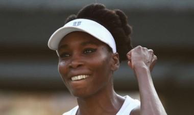 Venus Williams, a los 37 años, llegó a su 16ta final de Grand Slam, 9na final en Wimbledon y vuelve al top 10.