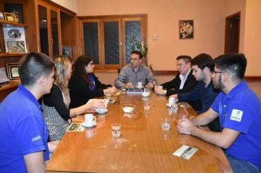 El intendente Adrián Maderna comprometió colaboración en la realización de las jornadas de Ingeniería.