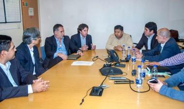 Reunión en Buenos Aires con la petrolera y los sindicatos del sector.