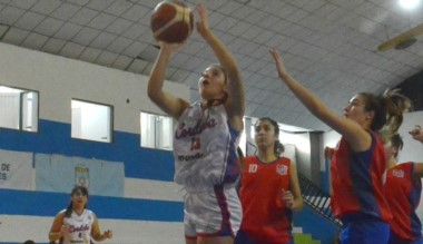 Córdoba venció a Río Negro 66-59 y terminó segundo en su grupo.